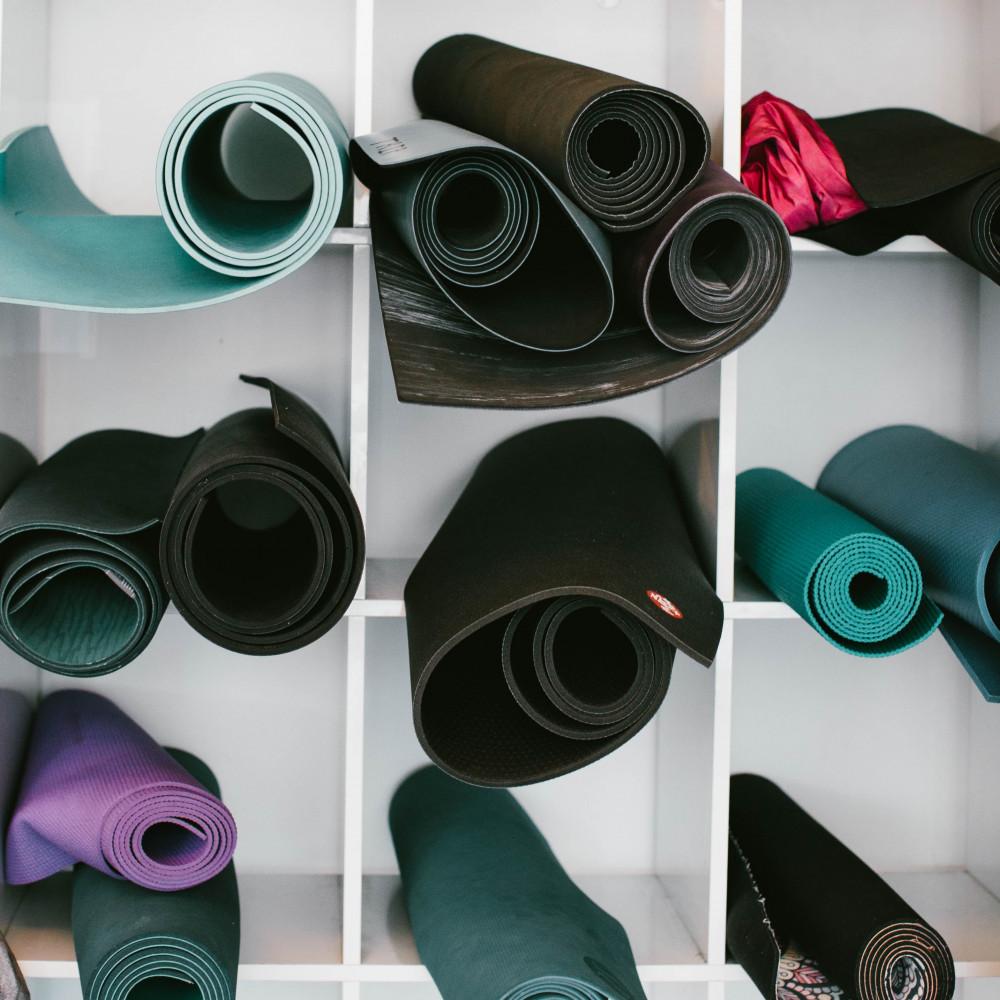 Memilih Yoga MAt